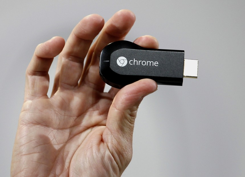 Chromecast-in-mano